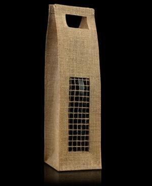 El modelo París en un envase fabricado en tela de arpillera, combinado con una rejilla del mismo material en la parte frontal. Es una opción elegante y diferente para presentar tus botellas.