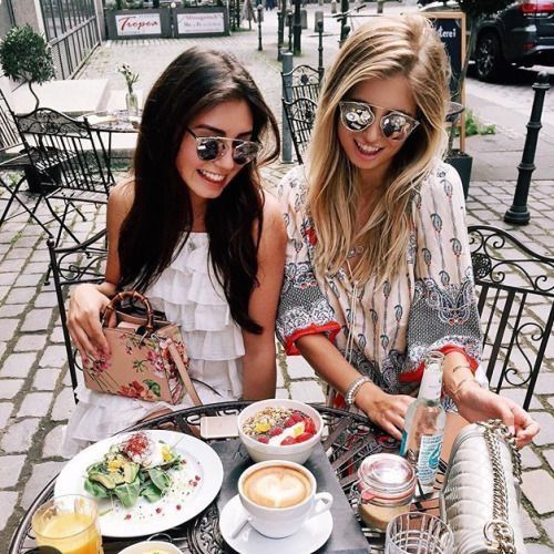 Bestie brunch. •Pinterest : @vandanabadlani Fashion, image, outfit, street style, hipster, teen, body goals, Pretty Beauty, girl, girly, hair, makeup, love, icon, eyelash, brows, nails, fashion, style, girl inspiration, gorgeous people, image, cute, lush, life
