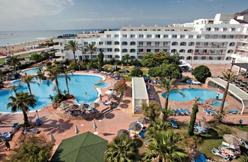 Hoteles para niños de la Costa de Almería:  Best Oasis Tropical, Mojácar. Viajacontuhijo, especialistas en viajes monoparentales