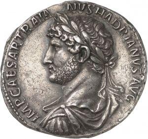 7 Denari - argento - Roma (119-128 d.C.) - IMP CAESAR TRAIA NVS HADRIANVS AVG busto di Adriano con corazza e corona di alloro vs.sn. - Münzkabinett Berlin