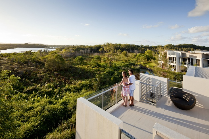RACV Resort Noosa  book Noosa VIP Limousines for your airport transfer