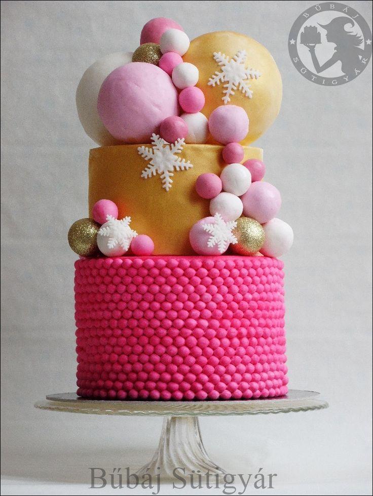 christmas cake, pink & gold cake,  Snowflakes cake, fondant cake,  pink gold white cake ,  follow pages: https://www.facebook.com/BubajSutigyar/