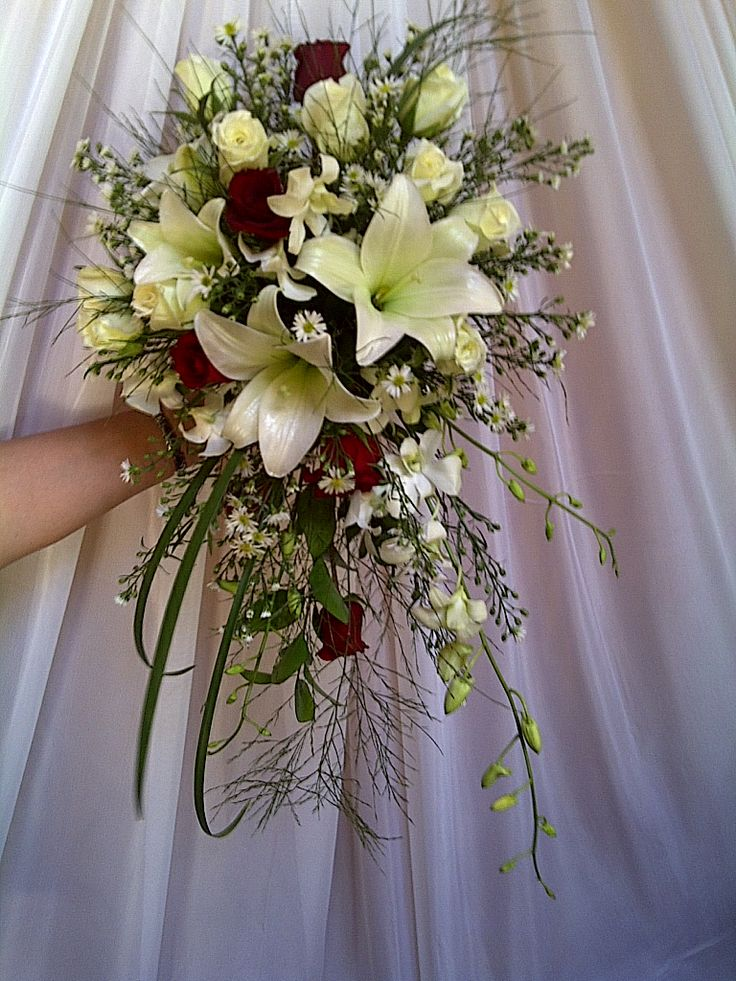 Mixed flower teardrop bouquet