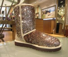 sparkly uggs pleaseeeee for Christmas?