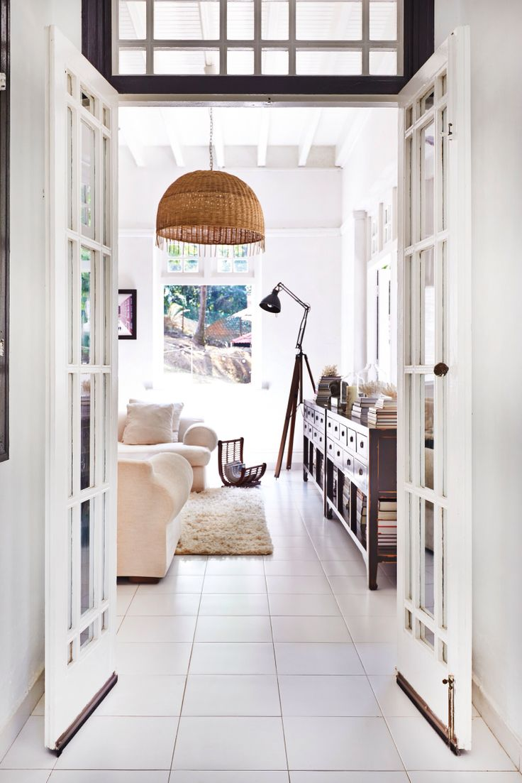 100 best paper + white interior design and styling - http://www ...