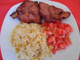 Cocina casera República Dominicana: Arroz especial con maiz, chuleta ahumada y tomates