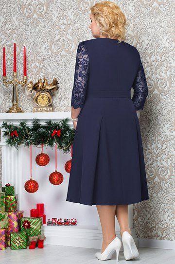 Стильное платье, подчеркивающее фигуру. В роли акцентных деталей на платье выступает фигурная вышивка из бусин и элегантные кружевные рукава. Такие детали делают платье достаточно нарядным и подчеркнут вашу индивидуальность и безупречный вкус на любом торжестве. Платье женское, полуприлегающего силуэта, длинной ниже уровня колена, расклешенное к низу, со съемным поясом с застежкой на петлю пуговицу. Лиф с рельефами, выходящими из проймы до подреза. Передняя часть юбки с застроченными…