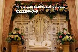 Dekorasi perkawinan putih murah mewah menjual berbagai jenis furniture dengan kontruksi yang kokoh dan pengerjaan yang rapi
