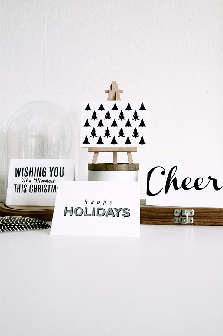 display holiday cards use tiny easel