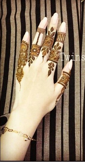 Simple but great henna design