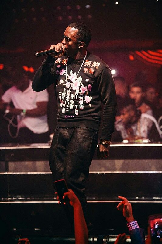 Puffy still in performance mode following the Bad Boy Reunion Tour stop in Las Vegas on Saturday night at the MGM Grand Garden Arena.  Diddy once again took to the stage during the after party at Hakkasan Las Vegas.   Photo Credit: Joe Janet - - - - --------------- #badboy #badboyreuniontour #diddy #mogul #lasvegas #music #concert #bellecollective #fashion #art #life