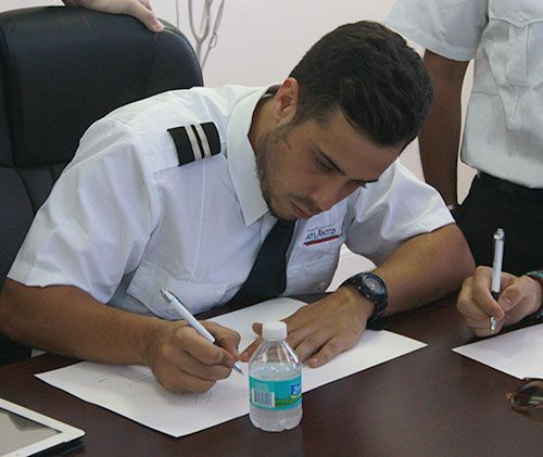 Global Atlantis Flight Training - Learn to fly today with the best flight schools in USA. Professional flight training, pilot training,Flight training USA.