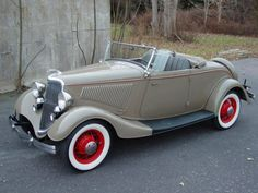 1934 Ford Convertible Roadster - (Ford Motor Company Dearborn Michigan 1903-present & 93 best FORD 1933 1934 images on Pinterest | Vintage cars ... markmcfarlin.com