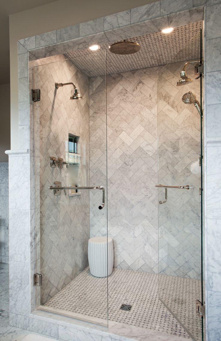 Baldosas Baño Segunda Mano:Herringbone Pattern Tile Shower
