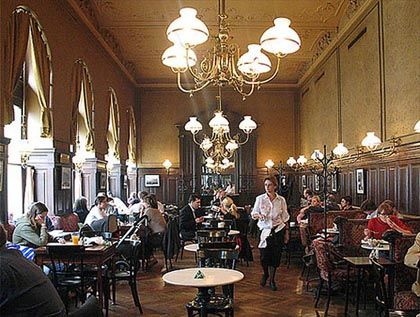 Typical Viennese Coffee House - Yeah, I so want to go here some day.  Beautiful!