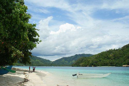 Coconut Island - Kiluan Bay Lampung Selatan, Indonesia