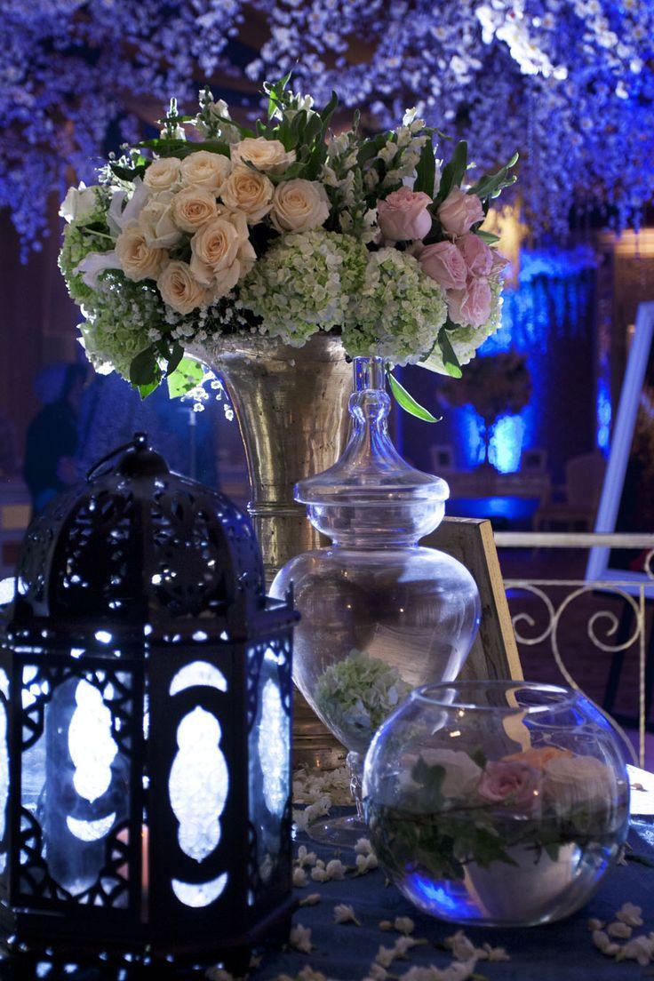 Elegant Blue  #mawarprada #dekorasi #pernikahan #blue #garden #botanical #elegance #modern #pelaminan #wedding #decoration #granmahakam #jakarta more info: T.0817 015 0406 E. info@mawarprada.com www.mawarprada.com
