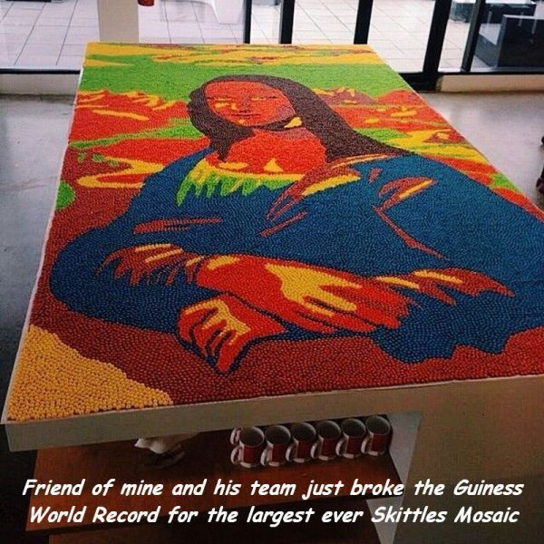 STRANGE ART MADE FROM EVERYDAY ITEMS - HUGE MONA LISA MADE FROM INDIVIDUAL SKITTLES CANDIES!