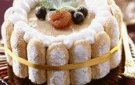 Préparez une succulente charlotte aux marrons en suivant la recette du chef étoilé Cyril Lignac. Un dessert gourmand à partager avec votre famille.