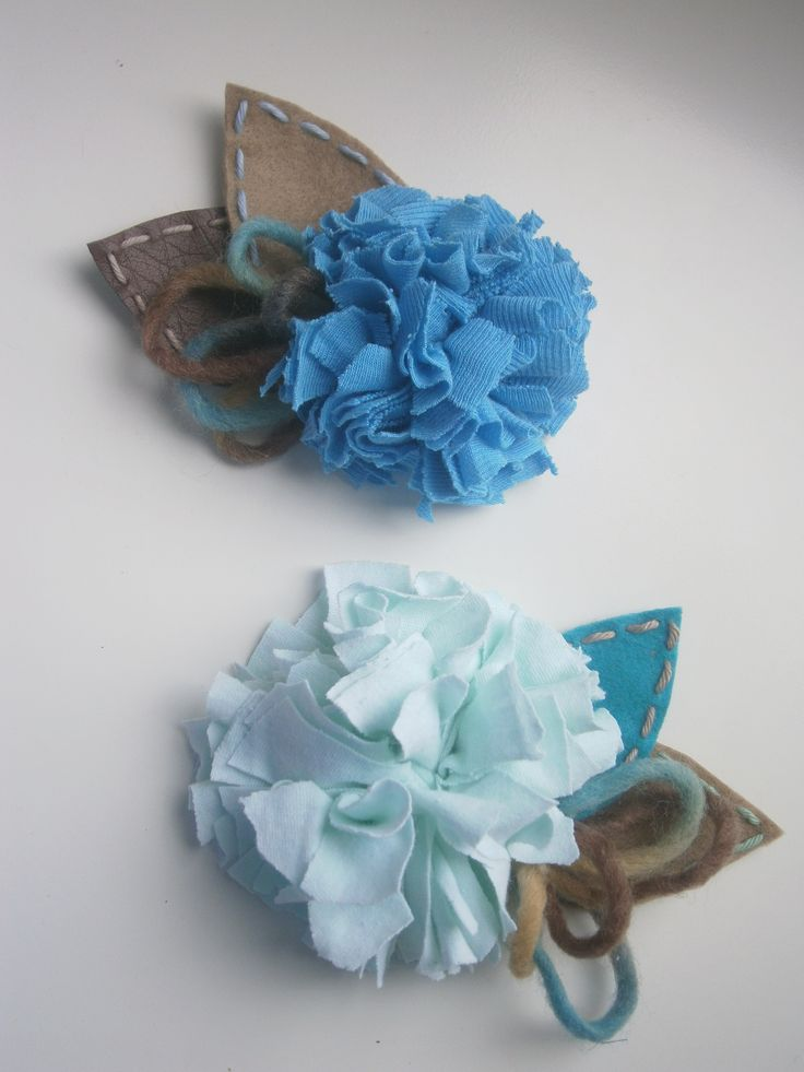 brooches-Light-blue cloth flowers