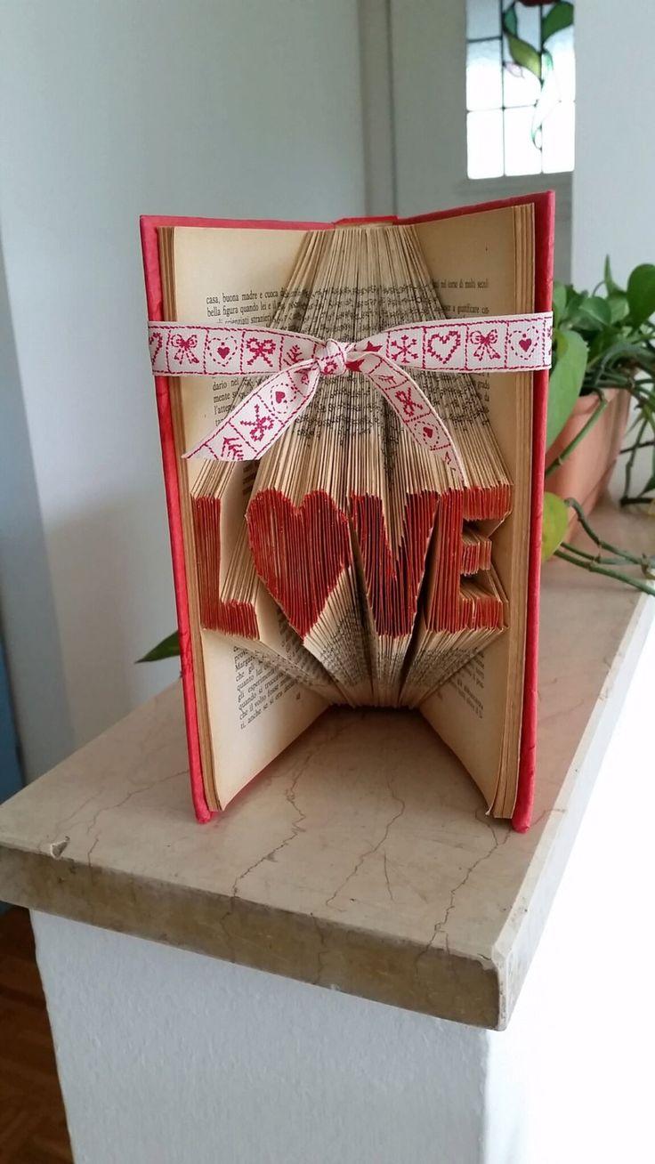 Libro scultura Love di SissiLab su Etsy