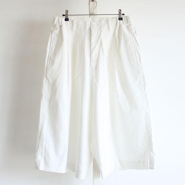 メンズスカートやロング丈アイテムなどモード系ファッションの通販サイトalbino(アルビノ)です。当店ではメンズ、レディース共にお使い頂けるモード系ファッションアイテムを取り揃えております。流行のメンズスカートやロング丈Tシャツなどご用意しておりますのでご覧下さい。