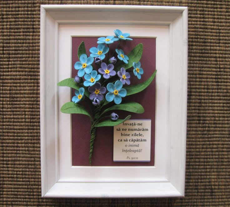 Quilled blue forget-me-nots (on a 15x20 cm frame) https://www.instagram.com/miriamsquilling/