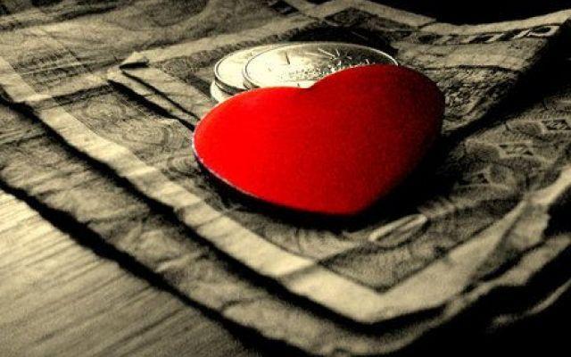 Le persone felici non vivono per il denaro #felicità #libro #scrittore #blog #amore
