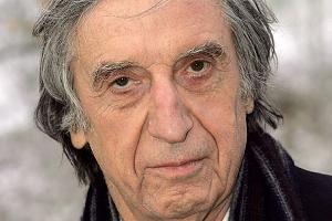 Herbert Fux (* 25. März 1927 in Hallein; † 13. März 2007 in Zürich) war ein österreichischer Schauspieler und Politiker.  Der österreichische Schauspieler Herbert Fux wurde 79 Jahre alt.