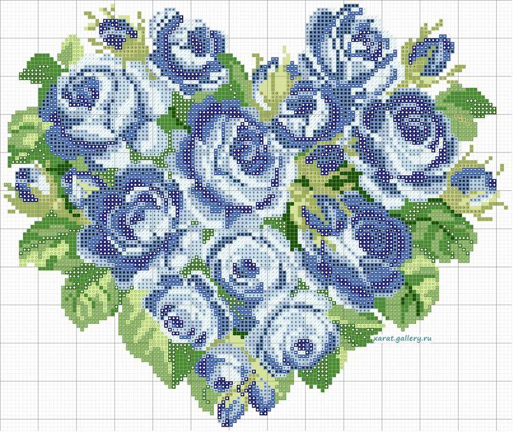 Coração de rosas azuis