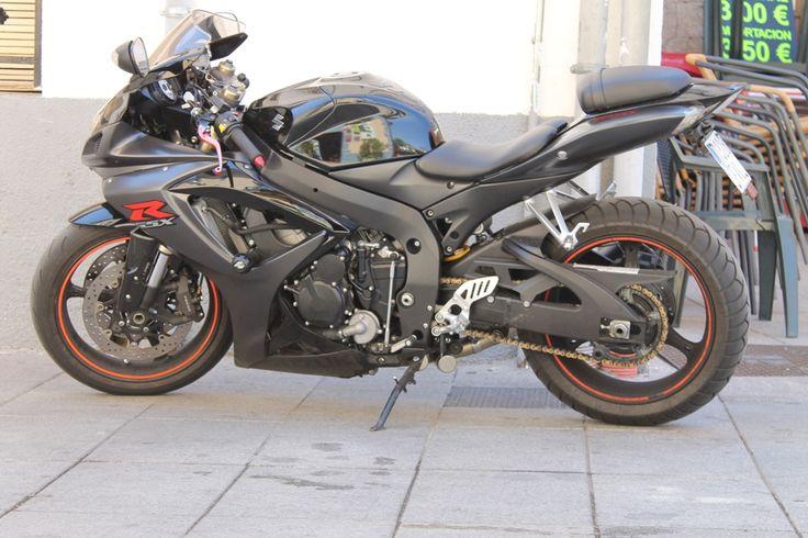Más huéspedes nos visitan con sus motos ¡ #Gredos es espectacular para circular con ellas www.lunacandeleda.com