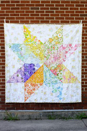 Giant Vintage Star Quilt - InColorOrder.com what do with those large prints I don't want to cut down
