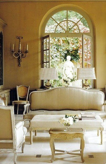 Vintage French Classic Style. Living Family Room With Linen Settee