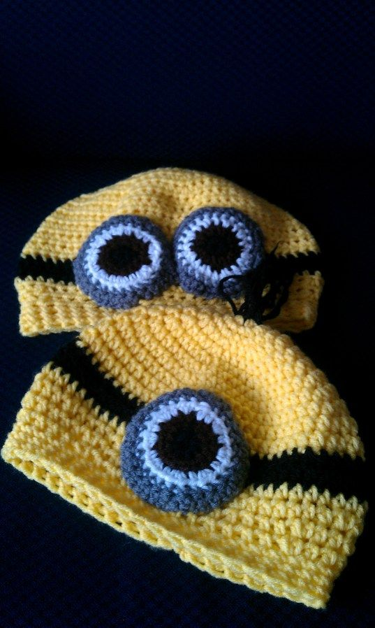 The minion hats free pattern