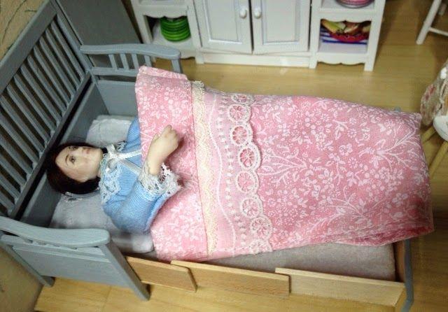 Life in Liisa's dollhouse : Sängyt, yöpuvut, unilelut <3