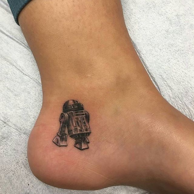 Pin for Later: 20 Tiny Star Wars Tattoo Ideas Perfect For Any Fan of the Force R2-D2