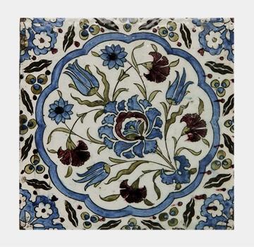 Name: Tile Iznik (12029B)  Material: Single pc tile  Description:     Single pc tile, replica of underglaze painted fritware Iznik tile, Damascus, Syria 16th Century AD