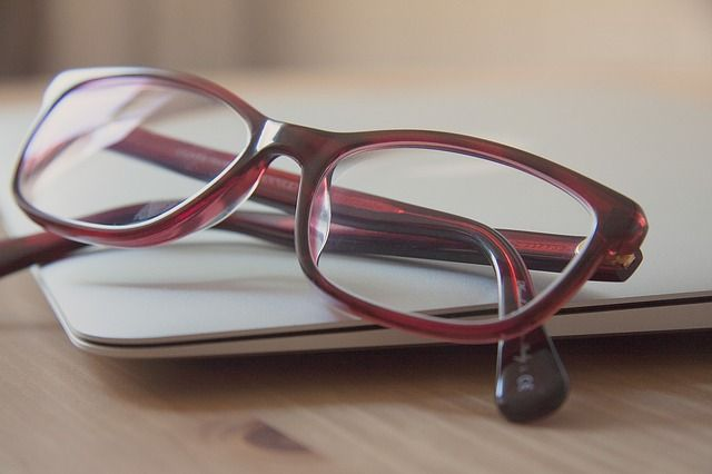 How to Buy Eye Glasses at Reasonable Price in Mississauga