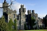 Ireland's turret tales When it comes to castles, Ireland is king. -       http://www.ireland.com/en-us/what-is-available/attractions-built-heritage/historic-houses-and-castles/articles/turret-tales/