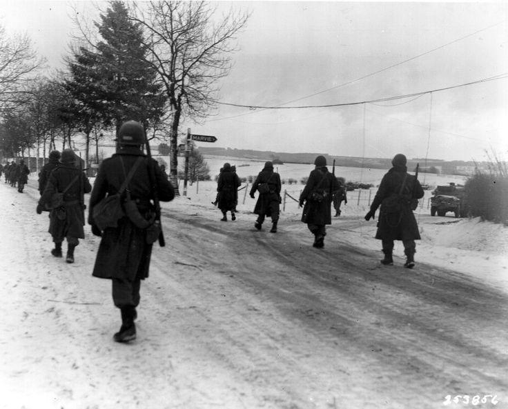 Battle of the Bulge (16 amazing photographs) | World War II Social Place