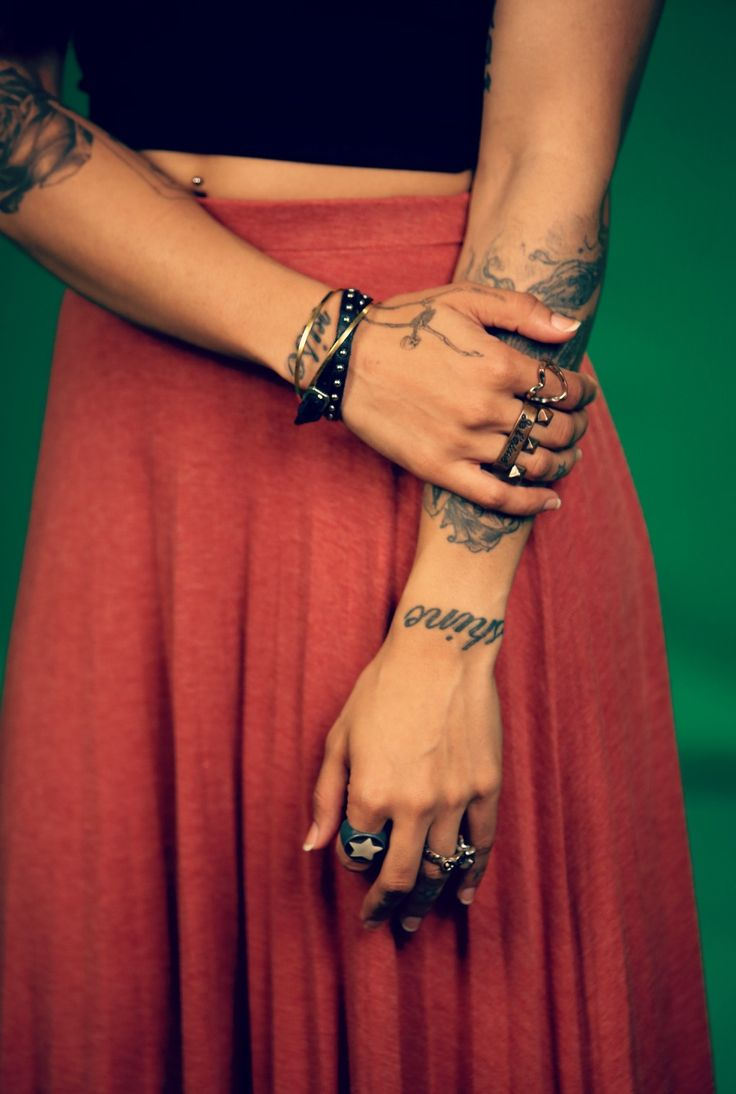 MTV Style pic of the day with VJ Bani j! Who said that only mini skirts make heads turn? Have you added the long skirt to your wardrobe as yet? for further style tips log onto www.mtv.in.com/style