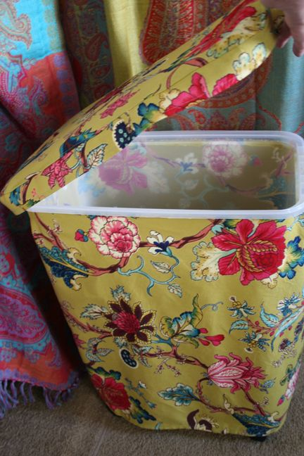 Brilliant! Fabric covered dog-food-bin! <3