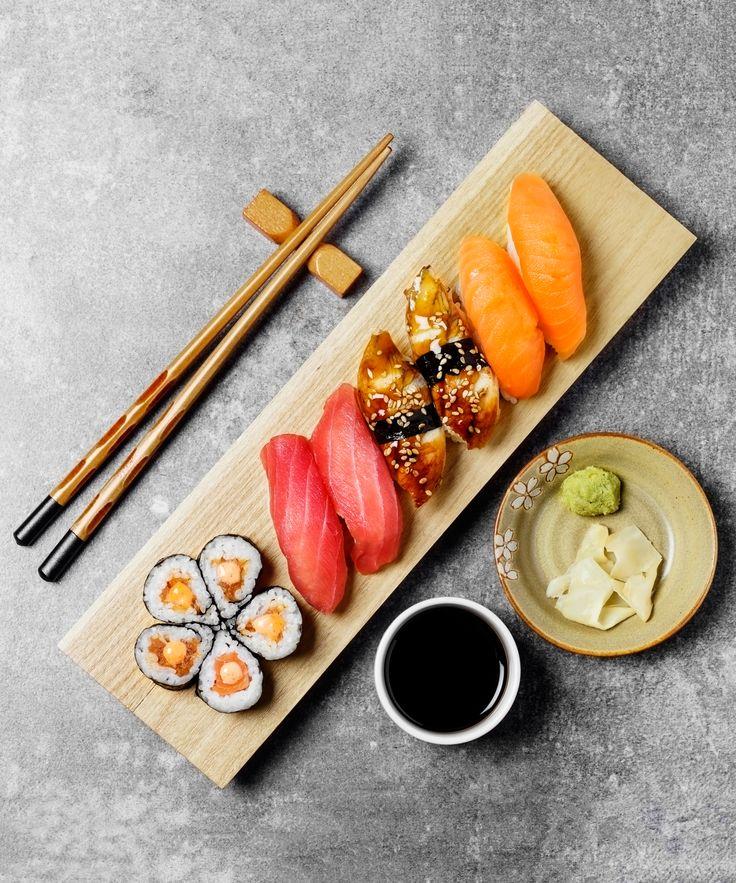 Sushi Wasabi Fake Horseradish Paste | The green paste on sushi platters probably isn't real wasabi. #refinery29 http://www.refinery29.com/2016/07/117033/sushi-wasabi-paste-fake
