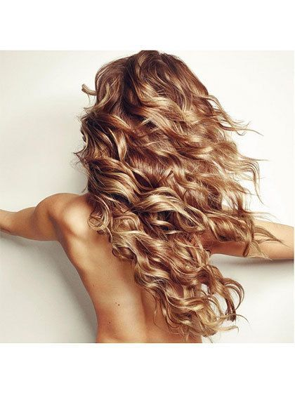 Curly Golden Locks - they are reminiscent of Taylor Swift's tresses before she messed with them.