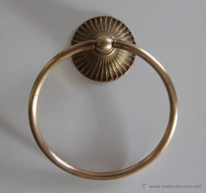 Antiguo toallero en bronce 18 accesorios de ba o for Accesorios bano bronce