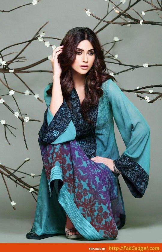 So Kamal Lawn and Designer Bed Sheets 2013-2014 - Gul Ahmed, Firdous Lawn, Sana Safinaz, Swiss Lawn