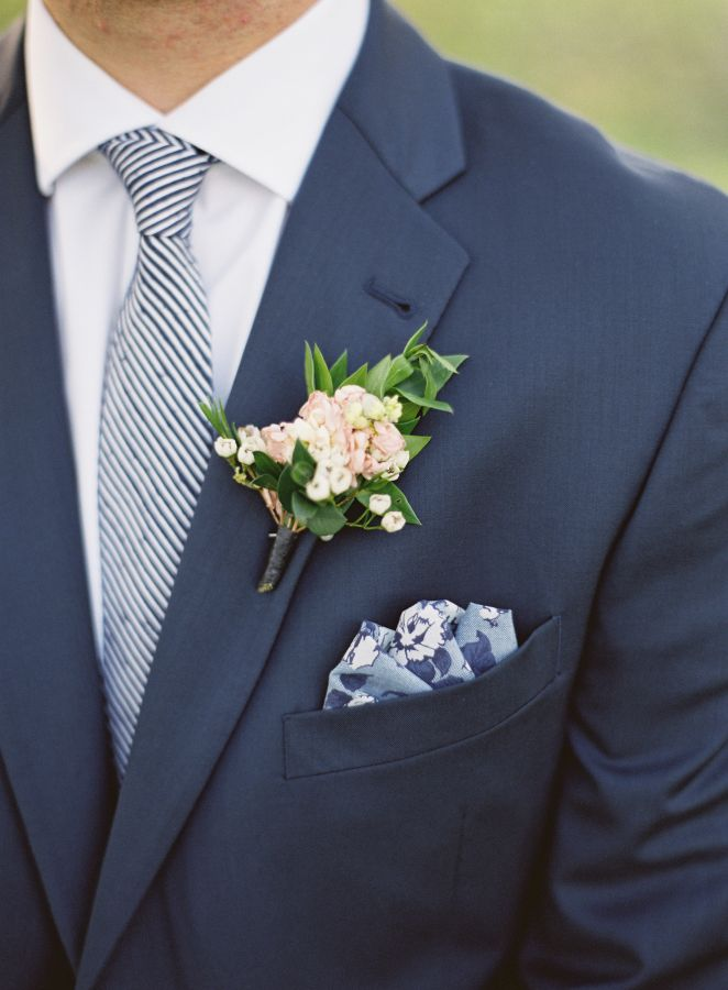 great groom style | striped tie, navy blue suit, and floral blue pocket square