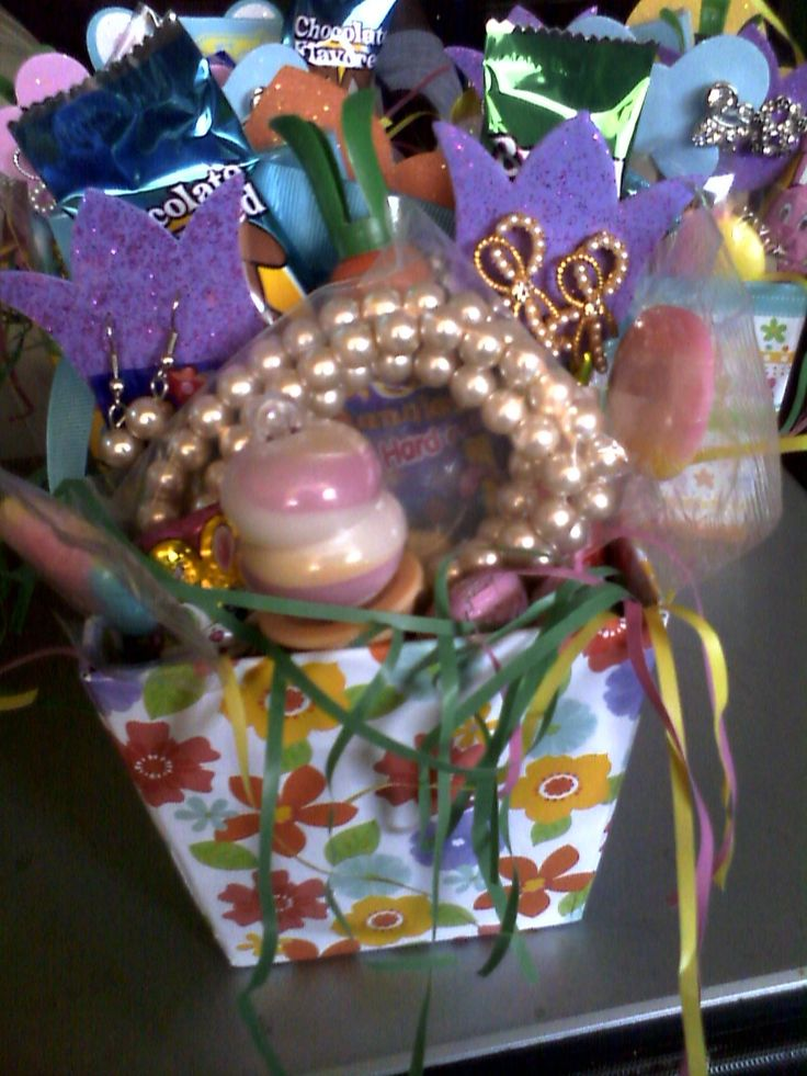 17 best images about jewelry gift baskets on pinterest for Paparazzi jewelry gift basket