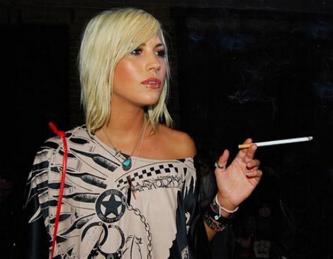 Smoking Cunnilingus Women