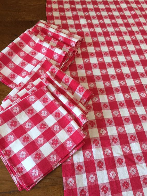 Red White Picnic Tablecloth & EIGHT Napkins by AStringorTwo